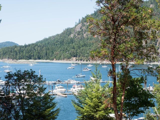 Mike and Stephanie's wedding in Pender Island, British Columbia 2