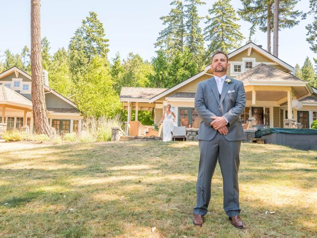 Mike and Stephanie's wedding in Pender Island, British Columbia 14
