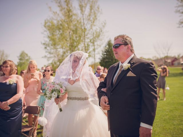 Adam and Sara's wedding in Thornbury, Ontario 5