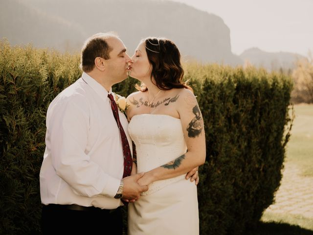 Chris and Sarah's wedding in Thunder Bay, Ontario 59