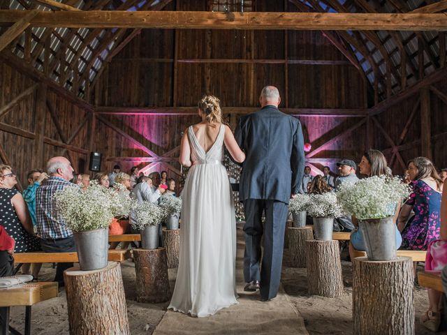 Adam and Sophie's wedding in Nicolet, Quebec 14