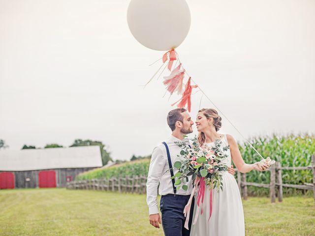 Adam and Sophie's wedding in Nicolet, Quebec 24