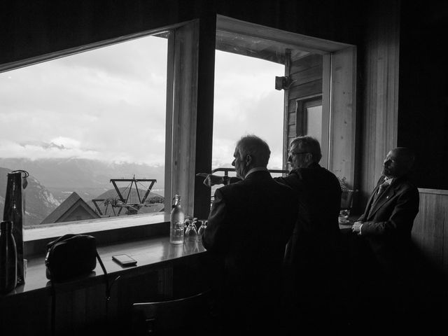 Lucia and Gordon's wedding in Banff, Alberta 7