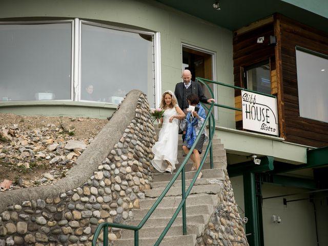 Lucia and Gordon's wedding in Banff, Alberta 10