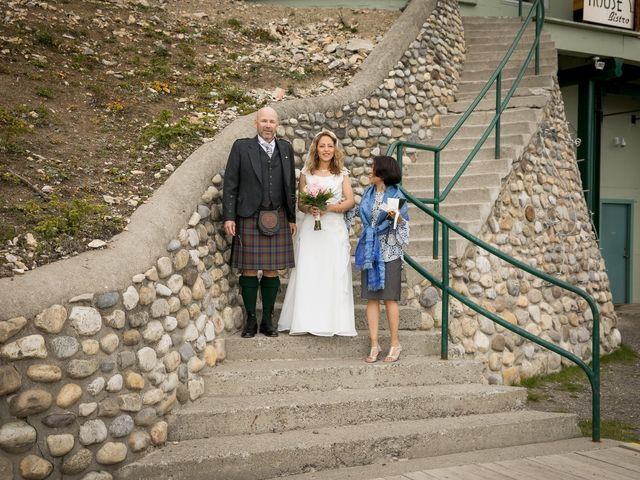 Lucia and Gordon's wedding in Banff, Alberta 11