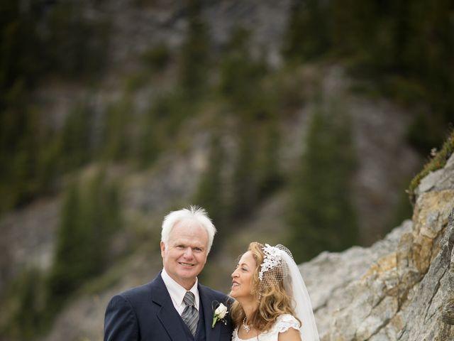 Lucia and Gordon's wedding in Banff, Alberta 26