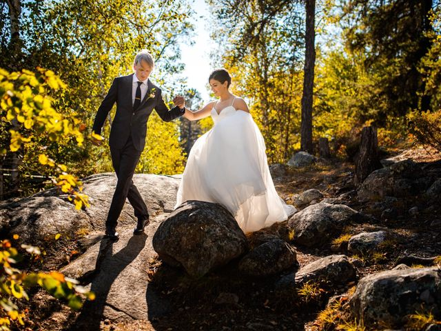 Krista and Rob's wedding in Kenora, Ontario 27