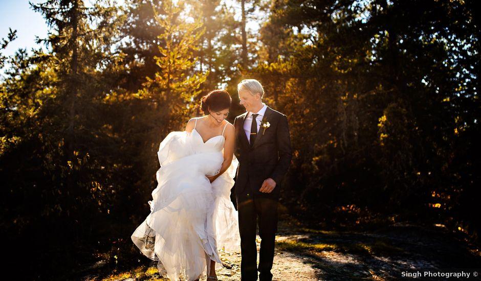 Krista and Rob's wedding in Kenora, Ontario