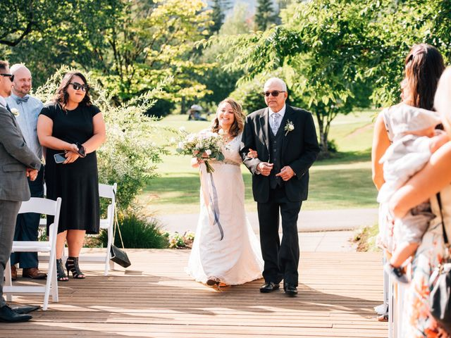 Kristen and Kevin's wedding in Pitt Meadows, British Columbia 3