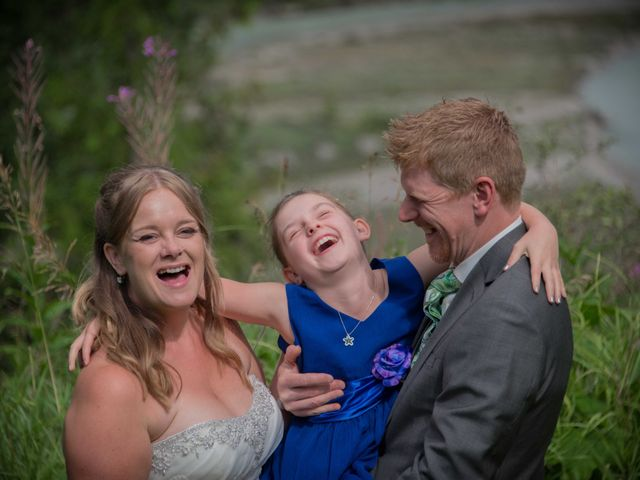 Rich and Zoe's wedding in Golden, British Columbia 44