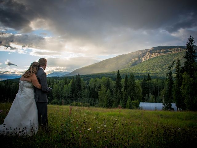 Rich and Zoe's wedding in Golden, British Columbia 56