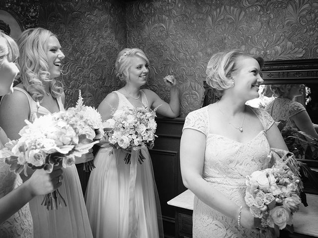 Jon and Molly's wedding in St Davids, Ontario 12