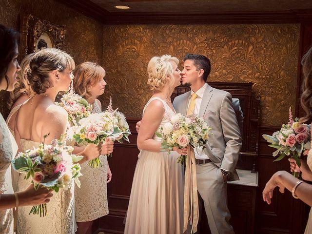 Jon and Molly's wedding in St Davids, Ontario 13
