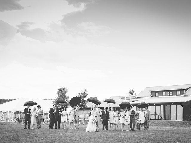 Jon and Molly's wedding in St Davids, Ontario 33