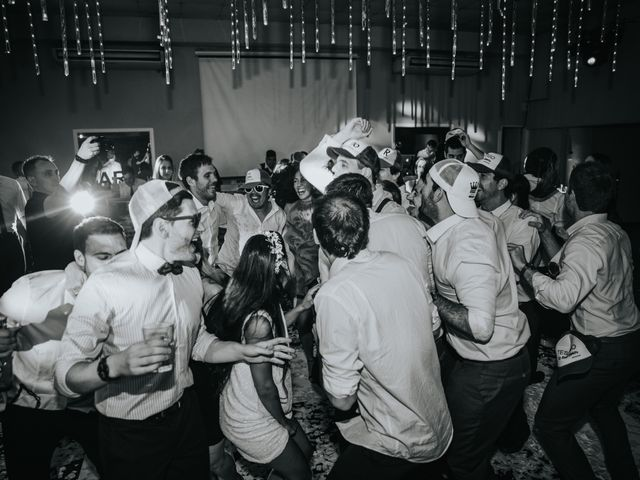 Santi and Pau's wedding in Vancouver, British Columbia 108