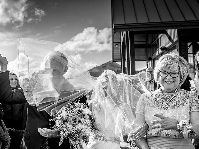 Alistair and Heather's wedding in Golden, British Columbia 18