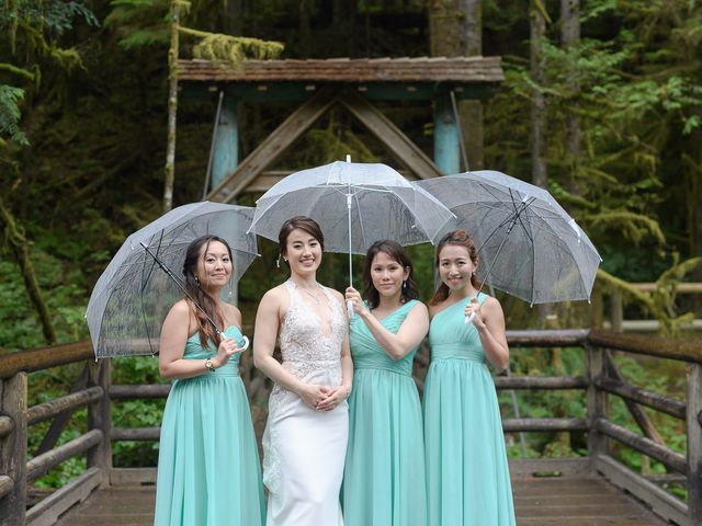 Vincent and Jane's wedding in North Vancouver, British Columbia 27