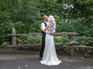 The wedding of Vanessa and Mike 1