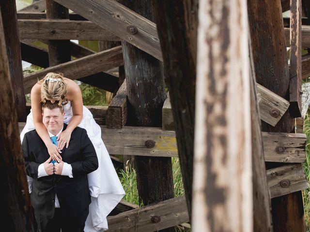 Neil and Amber's wedding in St. Albert, Alberta 77
