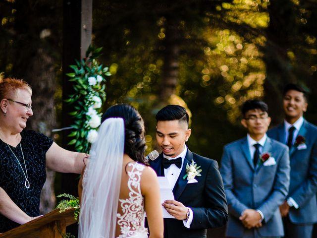 Emmanuel and Julie's wedding in Winnipeg, Manitoba 38