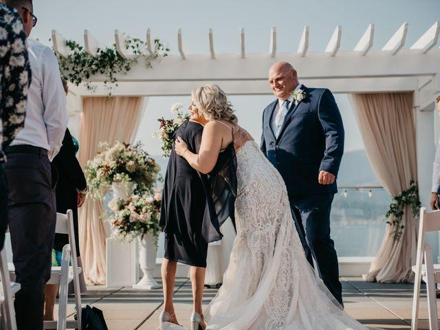 Ted and Megan's wedding in Kelowna, British Columbia 32