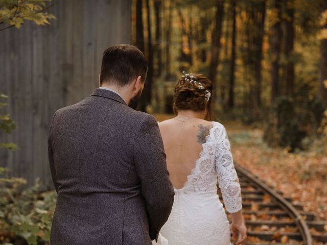Sacha and Shelby's wedding in Sainte-Anne-des-Plaines, Quebec 4