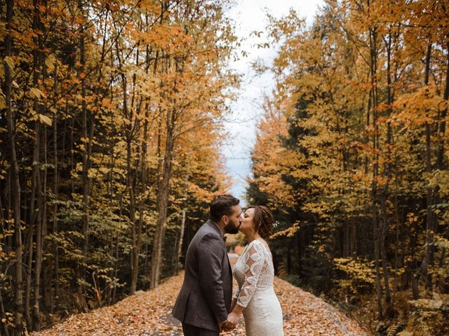 Sacha and Shelby's wedding in Sainte-Anne-des-Plaines, Quebec 13