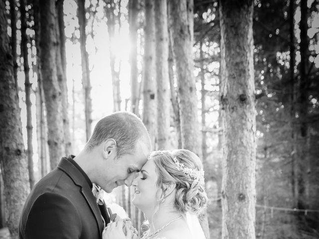 Angelina and Justin's wedding in Casselman, Ontario 106