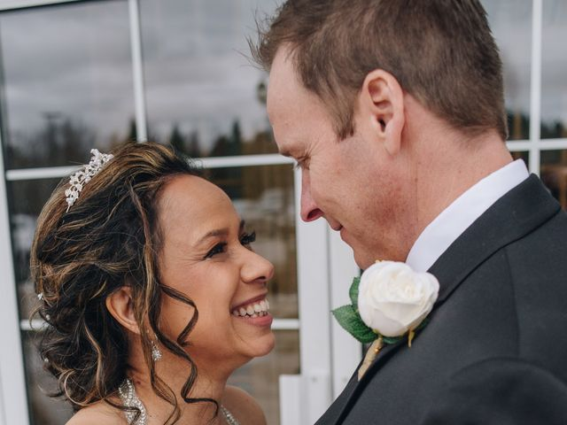 Brad and Pam's wedding in Orillia, Ontario 14