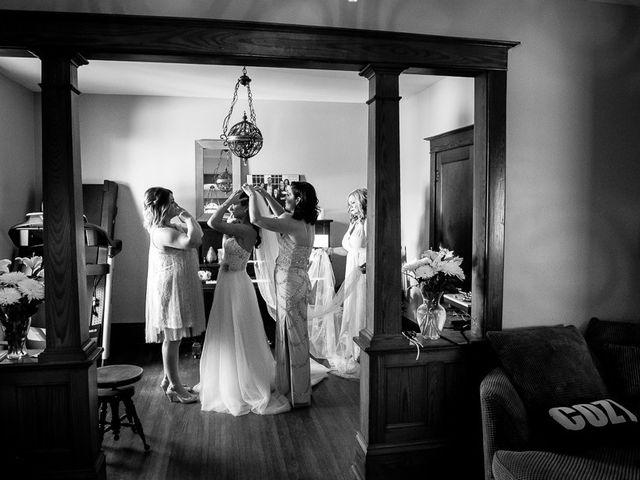 Sarah and Rob's wedding in Hamilton, Ontario 10