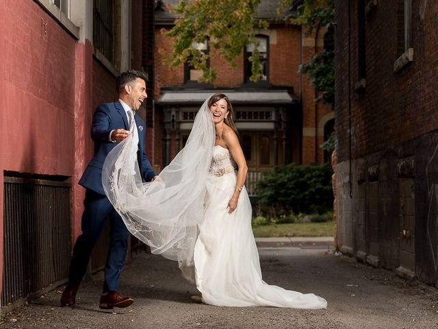 Sarah and Rob's wedding in Hamilton, Ontario 27