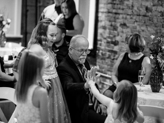 Sarah and Rob's wedding in Hamilton, Ontario 31