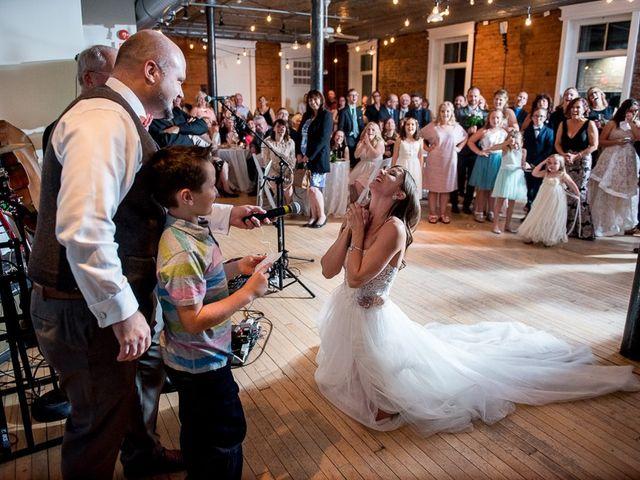 Sarah and Rob's wedding in Hamilton, Ontario 41