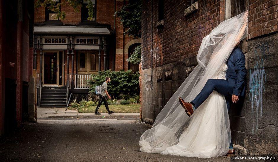 Sarah and Rob's wedding in Hamilton, Ontario