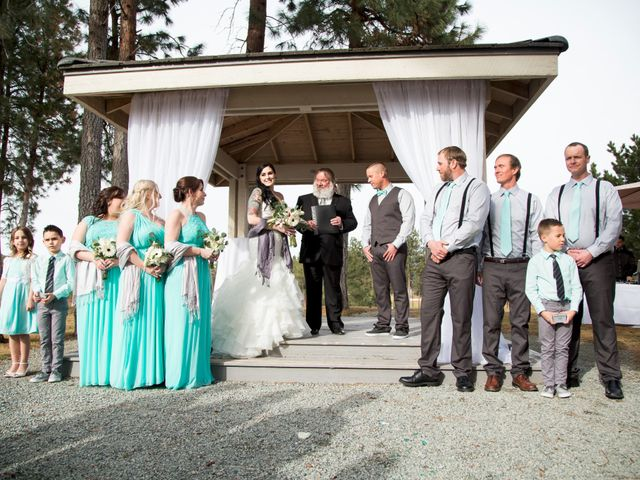 Leanna and David's wedding in Kelowna, British Columbia 24