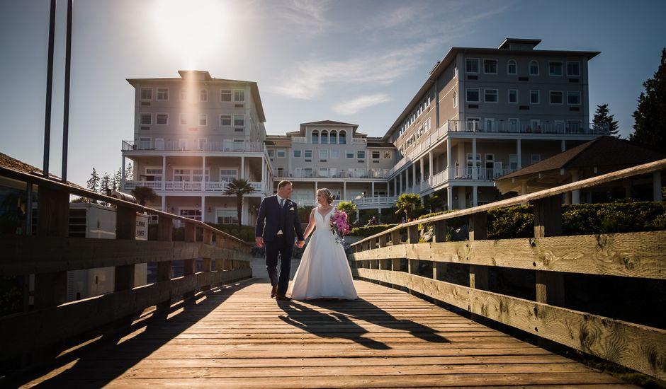 Robert and Caroline's wedding in Sooke, British Columbia