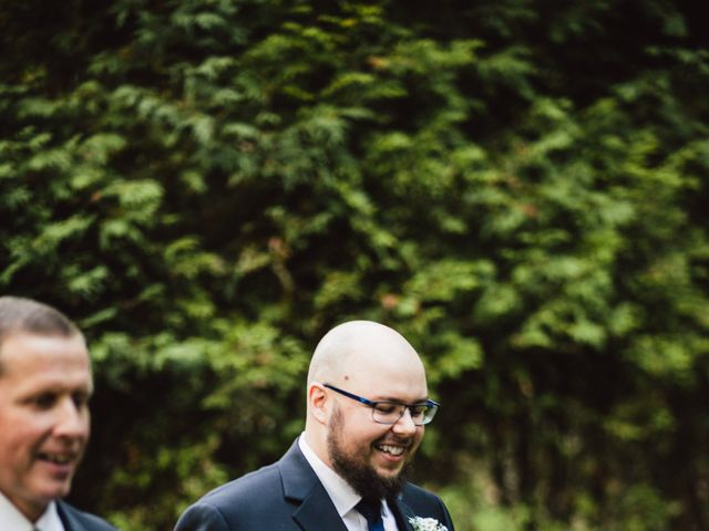 Mitchell and Krista's wedding in Ancaster, Ontario 18