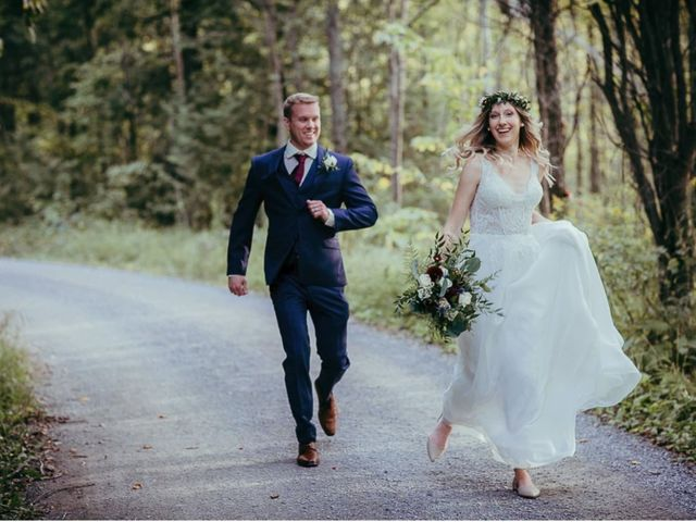 Bethany and Todd's wedding in Coboconk, Ontario 19