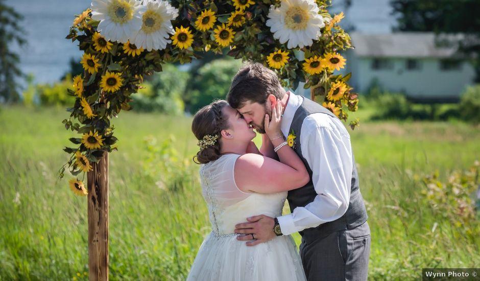 Jacob and Samantha's wedding in Huntsville, Ontario