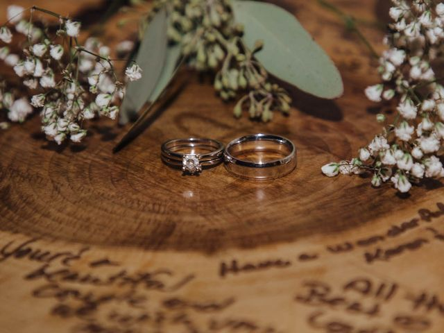 Taylor and Samantha's wedding in Cornwall, Ontario 41