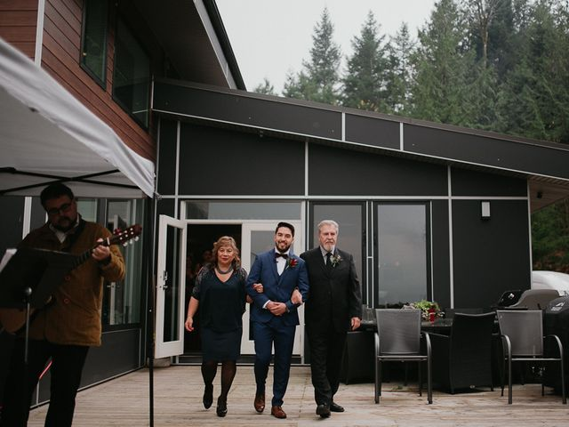 Catalina and Garrett's wedding in Hope, British Columbia 41