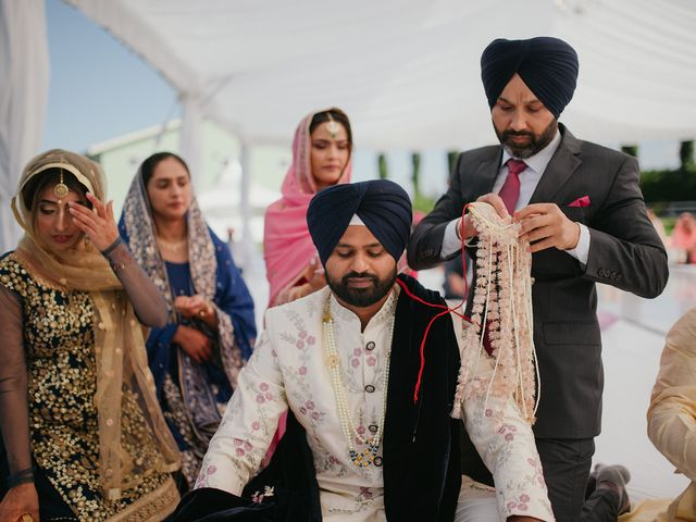 Kathrine and Sukh's wedding in Vancouver, British Columbia 16