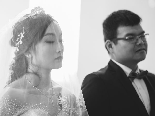 Thien and Nguyen's wedding in Vancouver, British Columbia 18