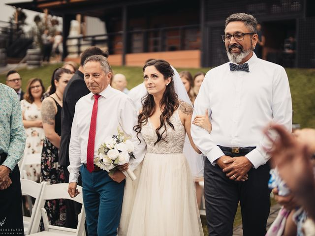 Amber and Michael's wedding in Kelowna, British Columbia 54