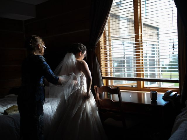 Jeffrey and Lisa's wedding in Bobcaygeon, Ontario 19