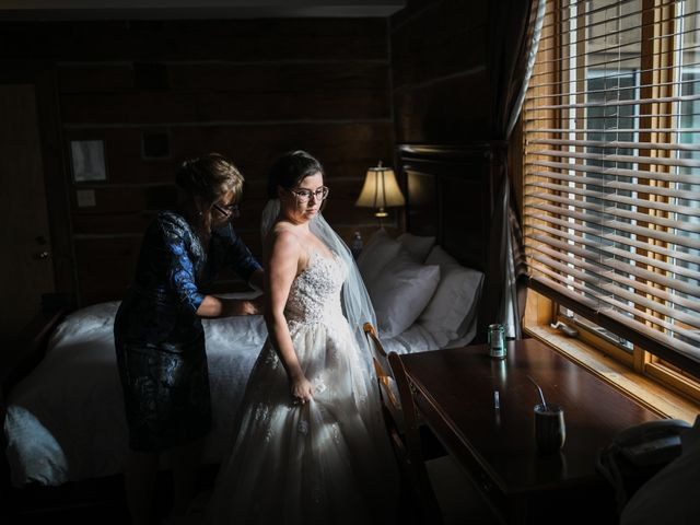Jeffrey and Lisa's wedding in Bobcaygeon, Ontario 20