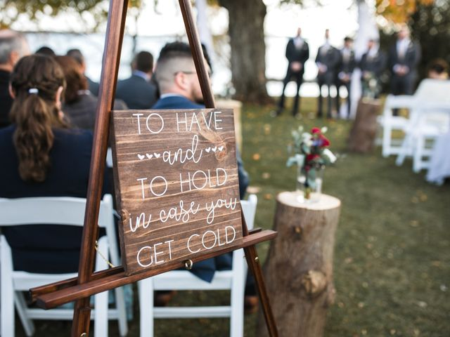 Jeffrey and Lisa's wedding in Bobcaygeon, Ontario 31