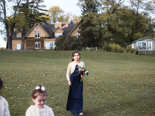 Jeffrey and Lisa's wedding in Bobcaygeon, Ontario 56