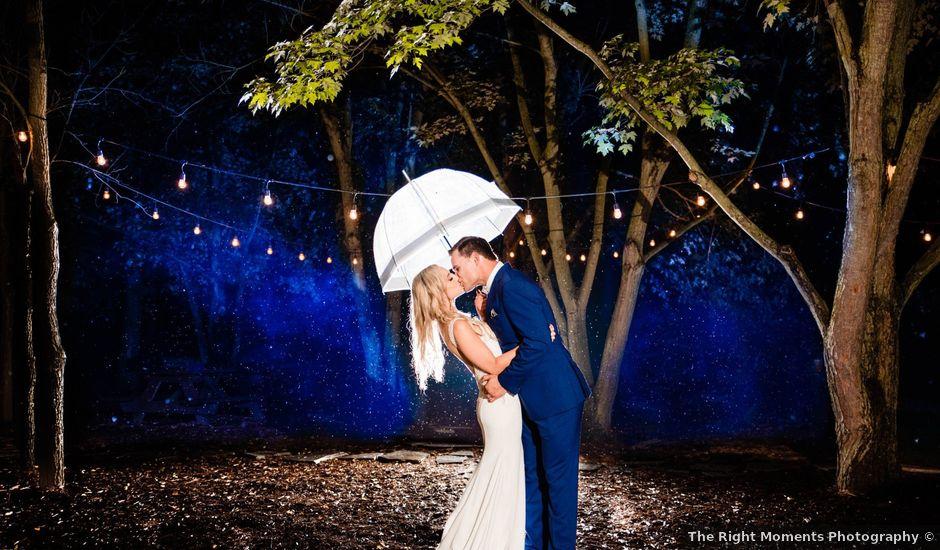 Rachael and Rob's wedding in Kerwood, Ontario