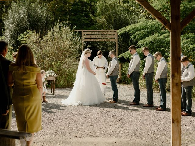 Michael and Brittany's wedding in Niagara Falls, Ontario 67